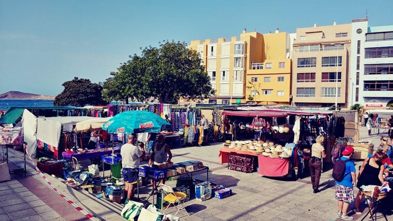trh na náměstí v el Médano